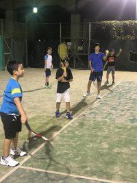 ナイターでもテニスできます!!